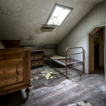 Abandoned Hostel Escape